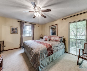 608 S Gallaher View Road Property Info